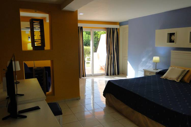 Superior room with garden views blau arenal habana beach hotel cuba